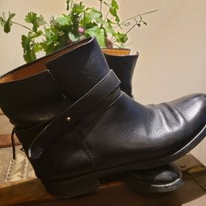 MADEWELL pebbled black leather ankle boots
